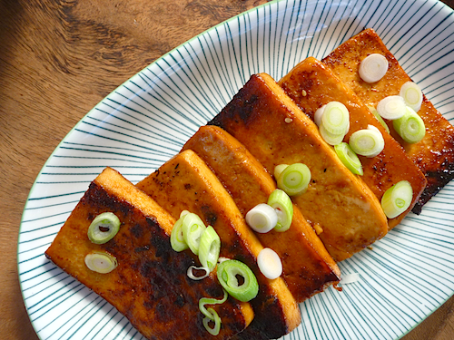 Barbecued tofu steaks in hoisin marinade