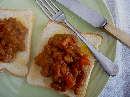 Vegetarian Boston baked beans on toast
