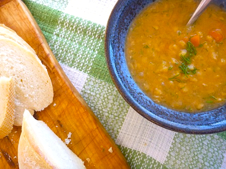 Vegetarian Swedish split pea soup