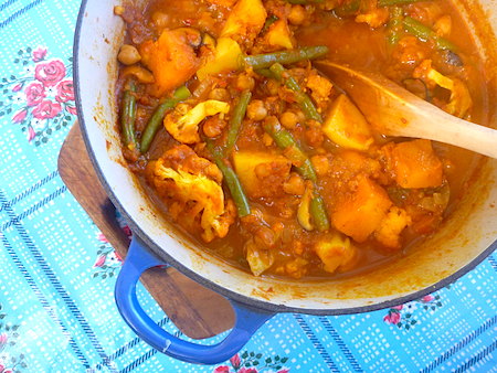 Old fashioned hippy veggie curry