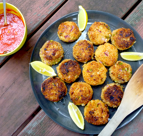 Quinoa and Onion Cakes #vegetarian
