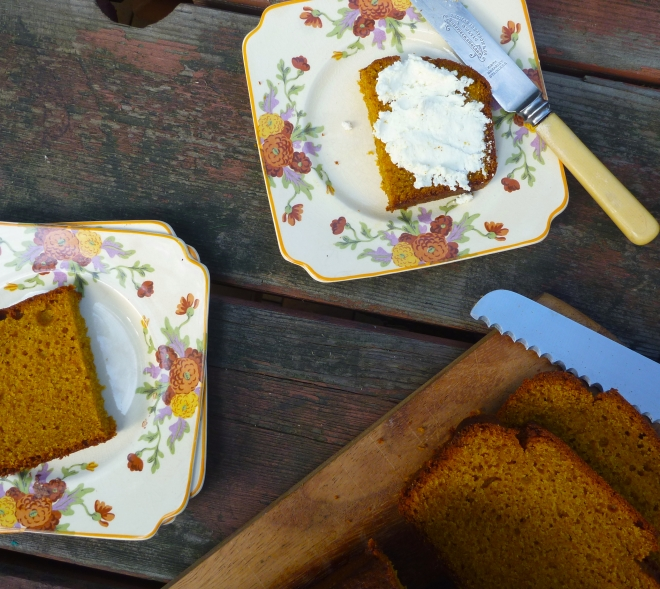 Spelt and olive oil pumpkin bread