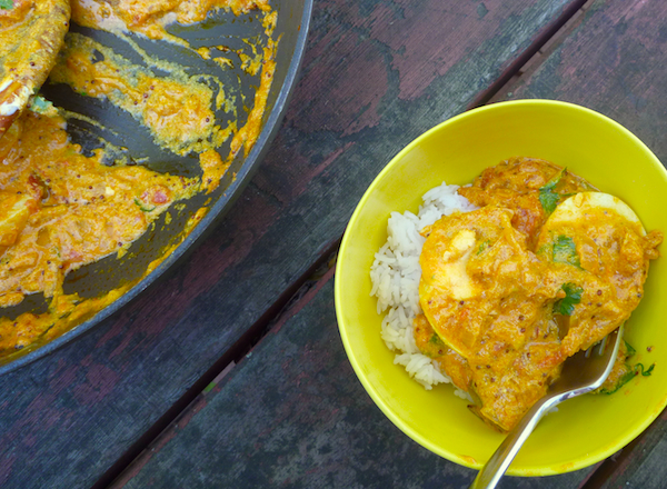 Boiled egg curry with tomato, ginger and yoghurt #vegetarian