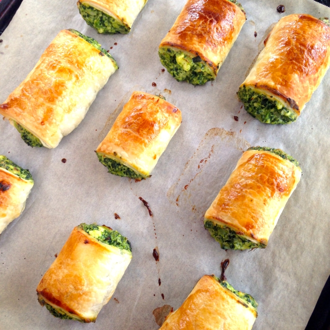 Bakery style spinach and ricotta rolls #vegetarian #appetizers