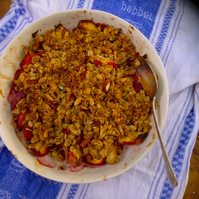 Summer fruit breakfast crumble