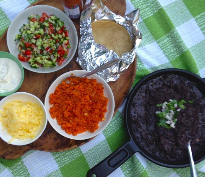 Taco Party - Refried black beans #kid-friendly #vegetarian